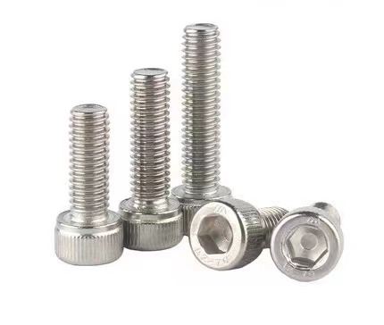 粤能垃圾分类垃圾桶选材精益求精 全部采用304不锈钢螺丝